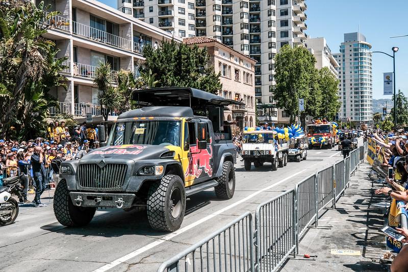 DUBS Parade 2017-69.JPG