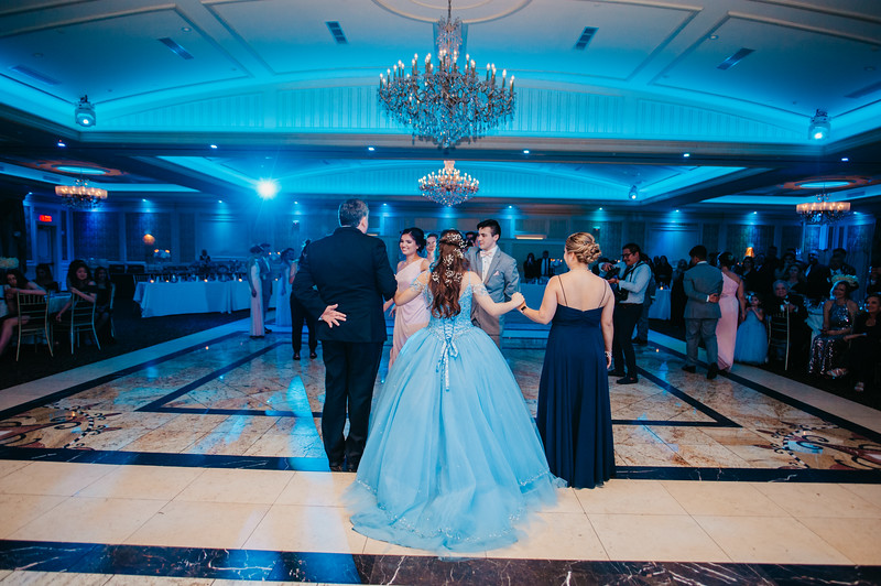 First Dance Images-126.jpg