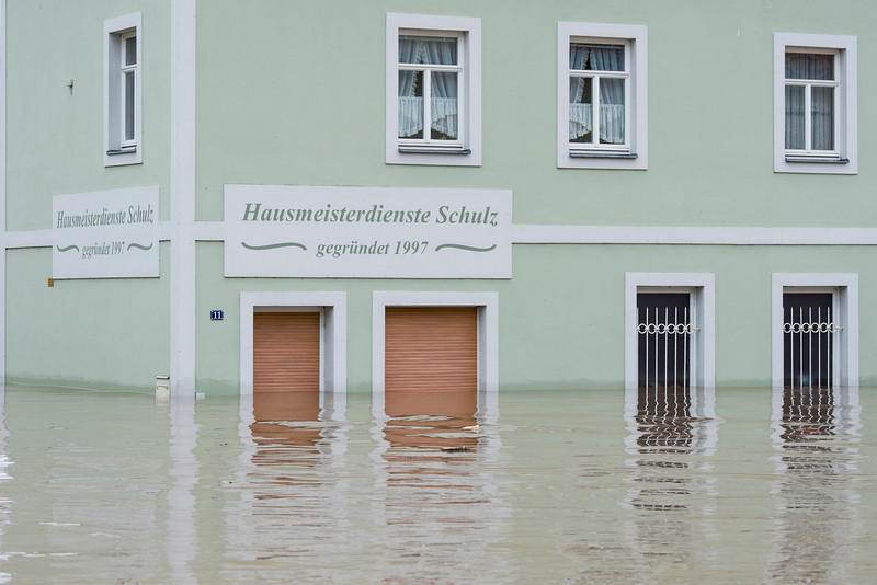 . Water fills the flooded city center on June 3, 2013 in Grimma, Germany. Heavy rains are pounding southern and eastern Germany, causing wide-spread flooding and ruining crops. At least two people are missing and feared dead in what is evolving into the most serious flood levels since the so-called 100-year flood of 2002. Portions of Austria and the Czech Republic are also inundated. (Photo by Jens Schlueter/Getty Images)