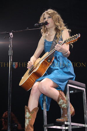 Taylor Swift Fearless Tour,  Nassau Coliseum, May 15, 2010