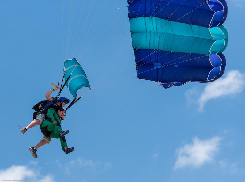 SkydivingEdited-31.jpg