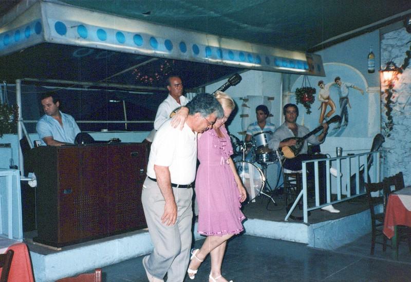 Dance-Trips-Greece_0105_a.jpg