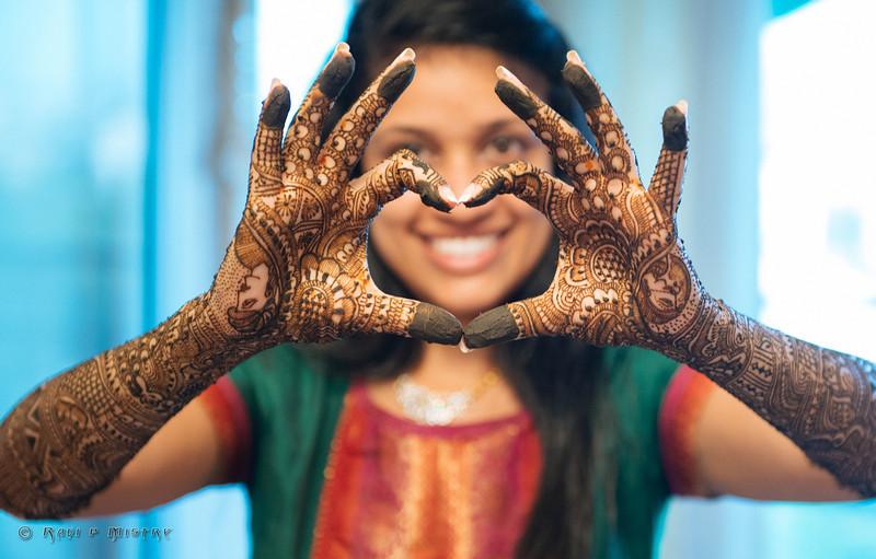 Jay Pooja Mehandi-258.jpg