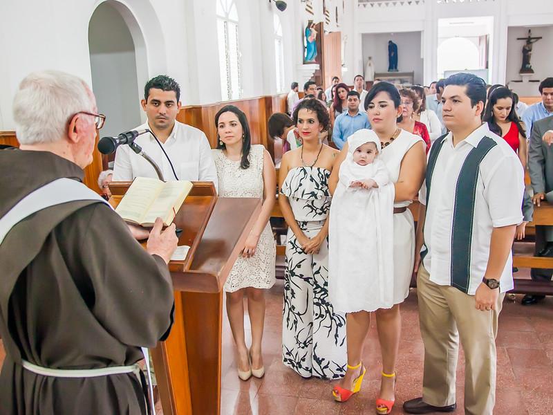 2014.09.07 - Bautizo de María Lourdes (196).jpg