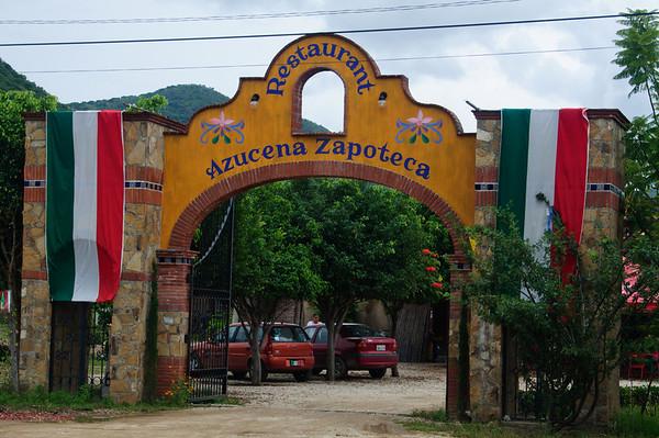 San Martin Tilcajete - La Azucena Zapoteca Restaurant