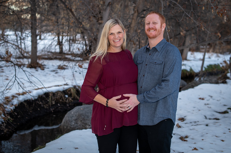 2019-12-07 Anna and James Baby Bump 003.jpg