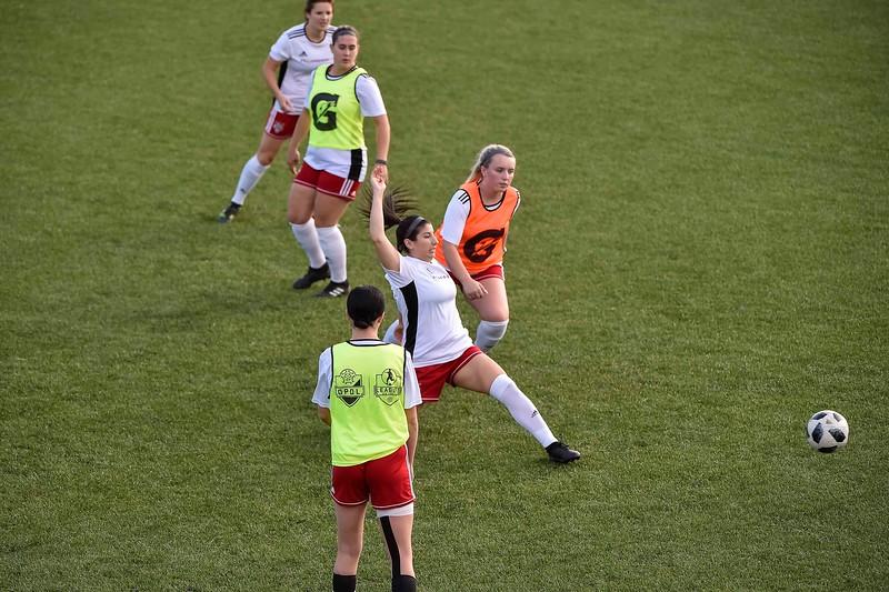 08.31.2019 - 183002-0400 - 8094 - F10Sports.ca - L1O Womens Finals 2019 - OAK v LON copy.jpg