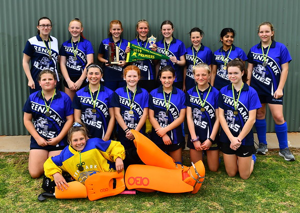 U15 Women PREMIERSHIP TEAM PHOTO Renmark