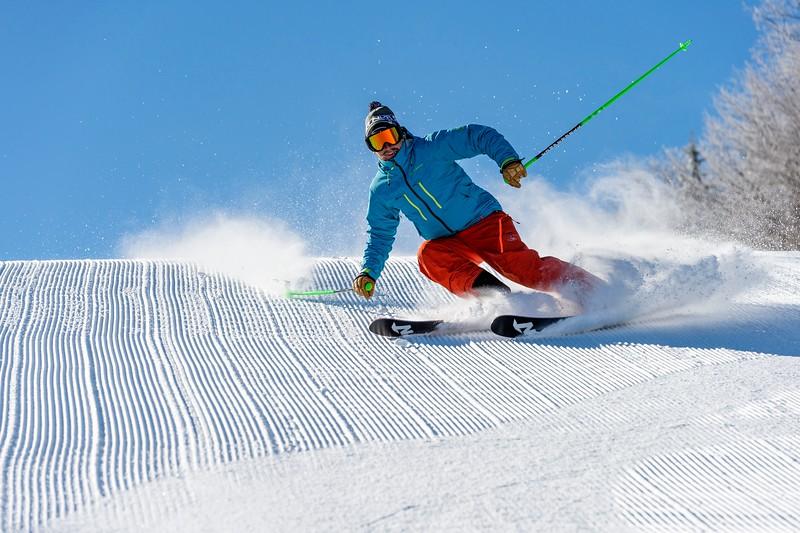 Corduroy Bluebird Ski Carve 2.jpg