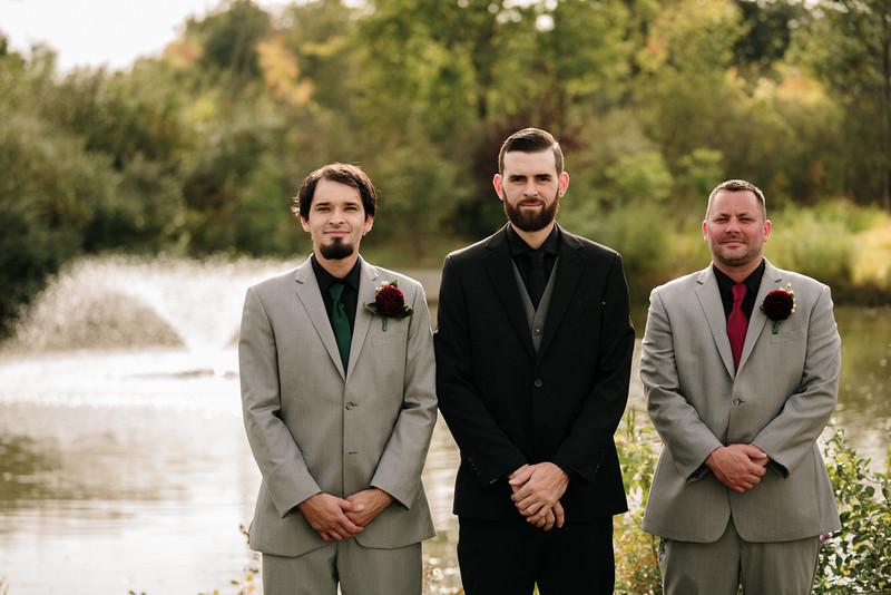 rustic_ohio__fall_barn_wedding-186.jpg