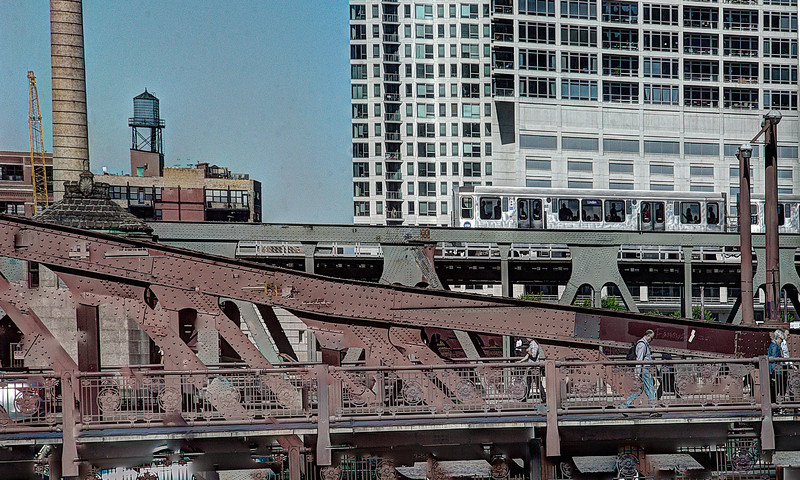 ChicagoBridgeWalkDSC_4827_8_9_fused copy.jpg