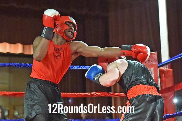 Bout 1 Rashad Chisholm, Cleveland HS, EB Turner Rec. -vs- Jason Mullen, Columbiana HS, Team CMA, 165 lbs, Novice