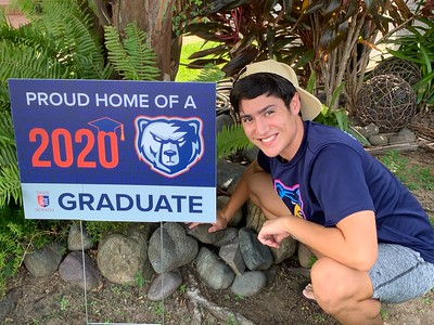 Proud Home 2020 Graduate Signs