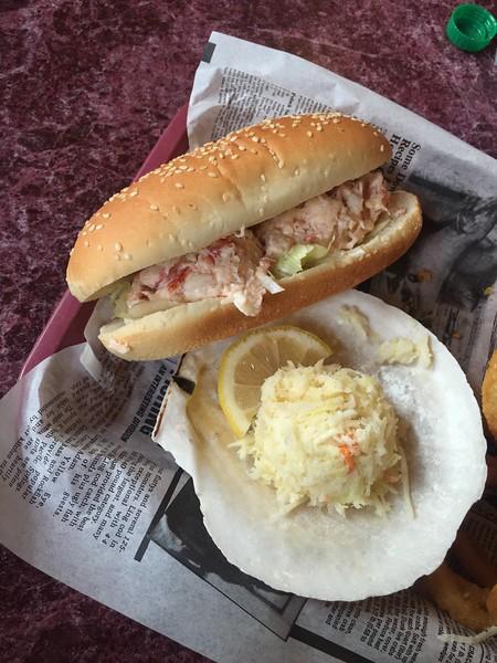 lobster roll.jpg