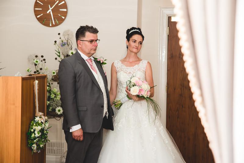 Mr & Mrs Hedges-Gale-68.jpg