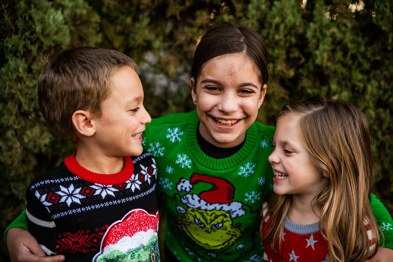Christmas Sweater Cousins 2020-6821.jpg