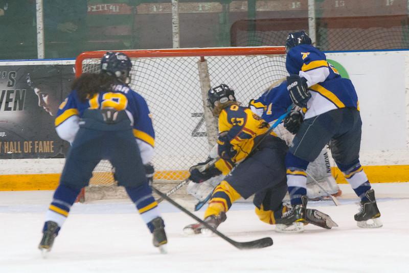 20130310 QWHockeyvsUBC 663.jpg