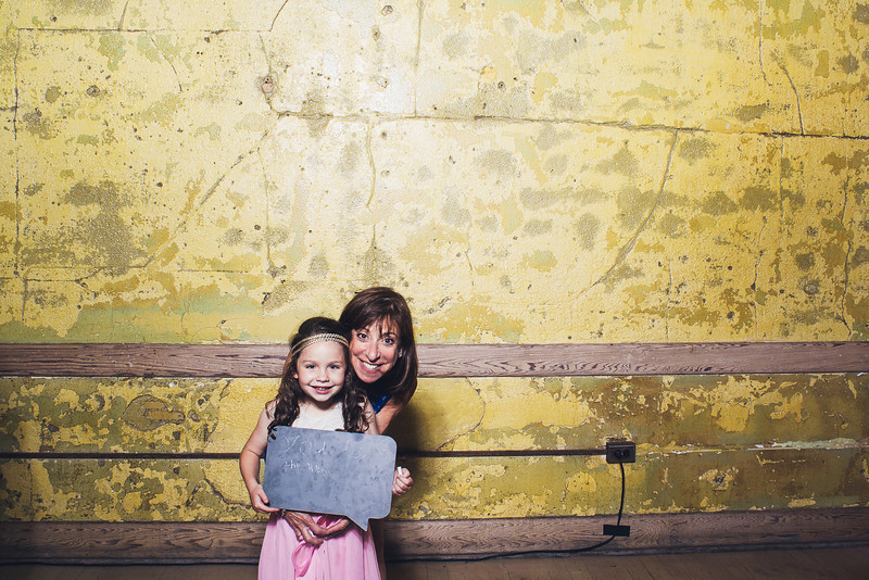 RachelJonPhotobooth-0069.jpg