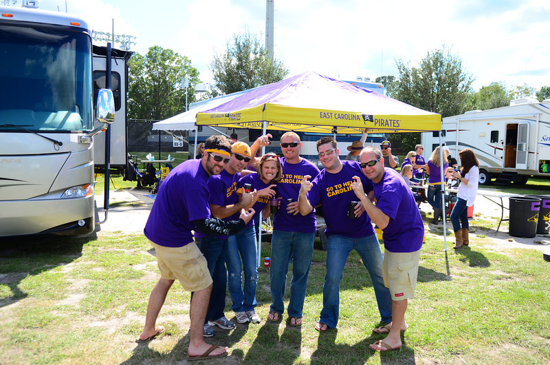 10/1/2011 ECU vs North Carolina  Hooks up - Preston, Chris W, Stephanie, JG, Chris K, Jon Deutsch