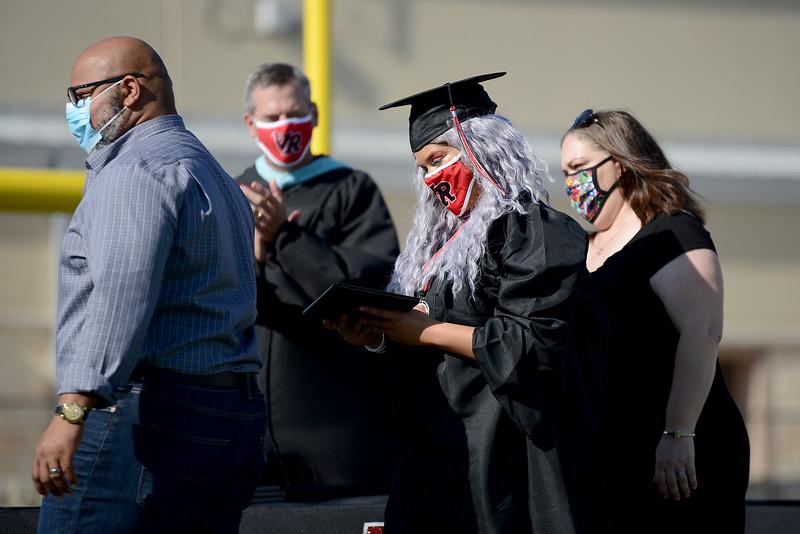VRHS-Graduation_002.jpg