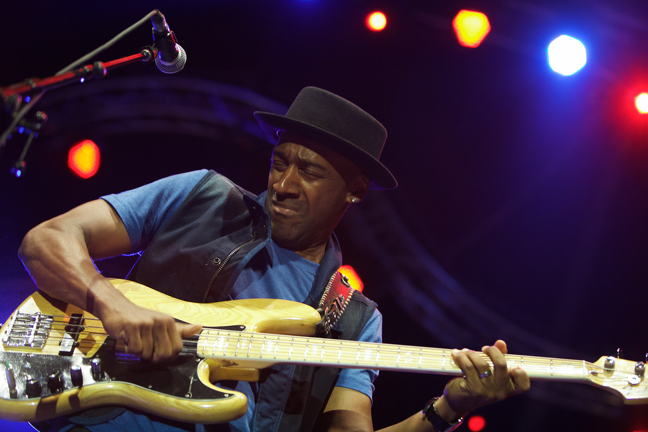 Marcus Miller plays at Jazz a Juan 2013