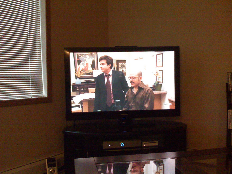 TV playing Arrested Development