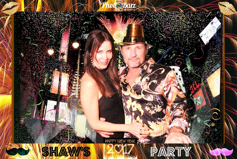 Shaws NYDay Party (26).jpg