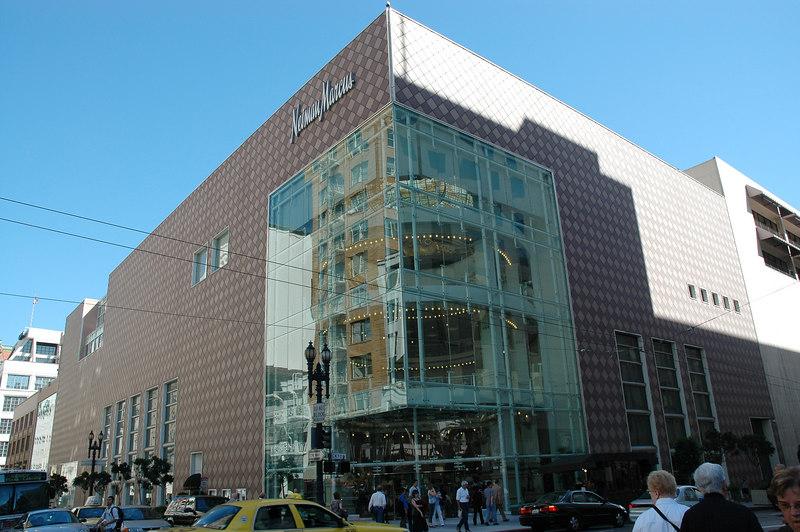 Union square park斜對面的Neiman Marcus百貨公司 舊金山的百貨公司規模似乎都不大