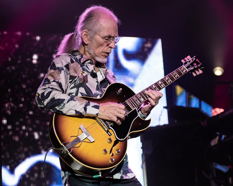 STEVE HOWE OF YES-50TH ANNIVERSARY TOUR