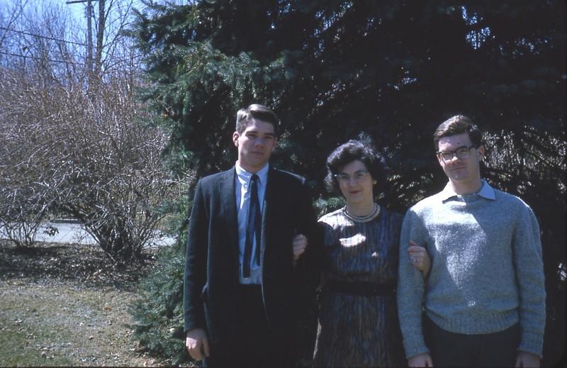 Mom's 90th BD pics 036.jpg