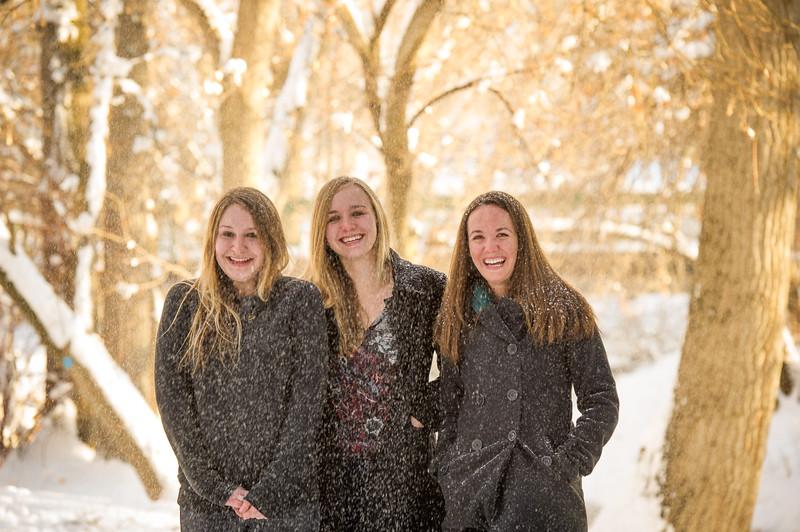2016_DaBell Winter Family Portraits_0143.jpg