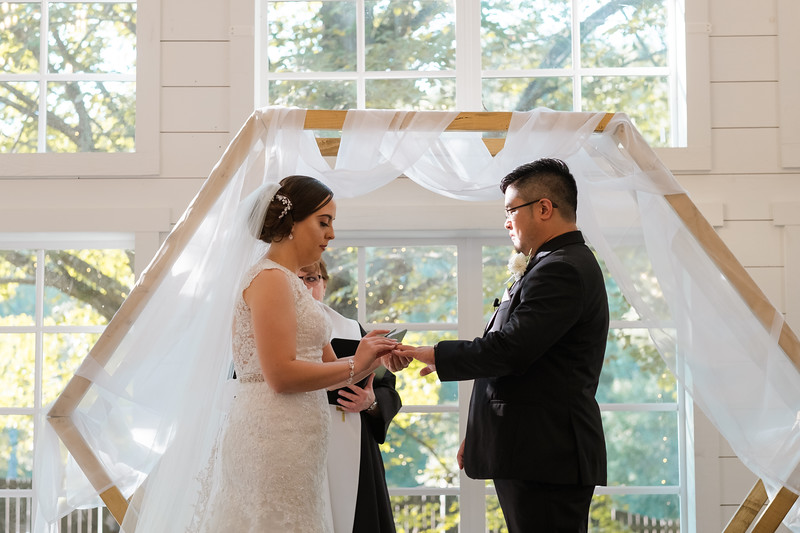 Kaitlin_and_Linden_Wedding_Ceremony-113.jpg