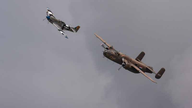 232511, 472035, B-25N, Jumpin Jacques, Mitchell, Mustang, Mustang P51d, N5-149, North American, PH-XXV, Shoreham 2007
