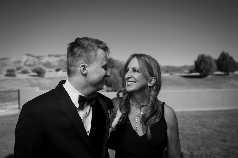 Sandia Hotel Casino New Mexico October Wedding Portraits C&C-35.jpg