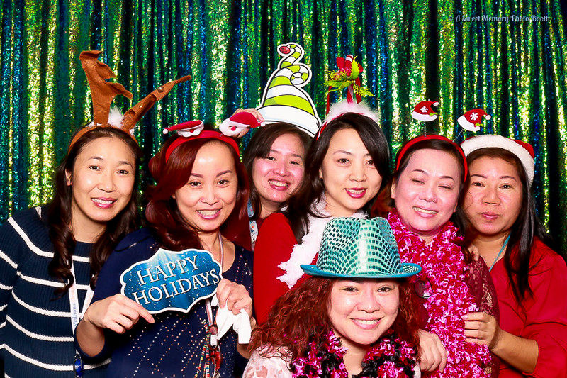 Medtronic Holiday Party -28.jpg