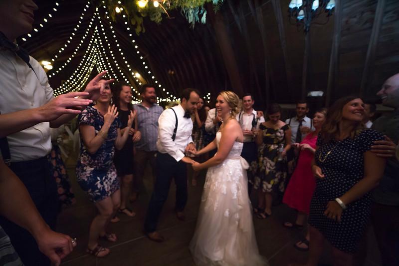 Garrett & Lisa Wedding (847).jpg