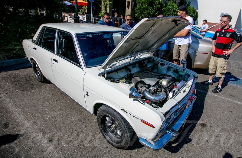 Whitebird Datsun at Cars and Coffee August 2015