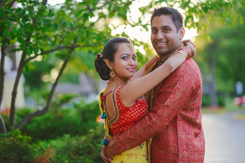 Charmi & Abhi Garba (60 of 578).jpg