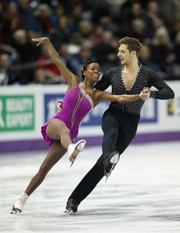 . Vanessa James and Morgan Cipres of France compete in the Pairs Short Program during the 2013 ISU World Figure Skating Championships at Budweiser Gardens on March 13, 2013 in London, Canada.  (Photo by Ronald Martinez/Getty Images)