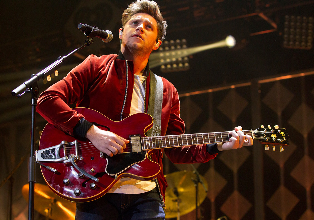 . Niall Horan, formerly of the band One Direction, performs in concert during Q102\'s iHeartRadio Jingle Ball 2017 at the Wells Fargo Center on Wednesday, Dec. 6, 2017, in Philadelphia. (Photo by Owen Sweeney/Invision/AP)