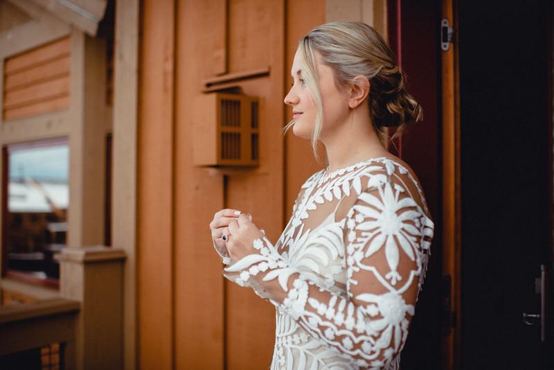 Requiem Images - Luxury Boho Winter Mountain Intimate Wedding - Seven Springs - Laurel Highlands - Blake Holly -279.jpg