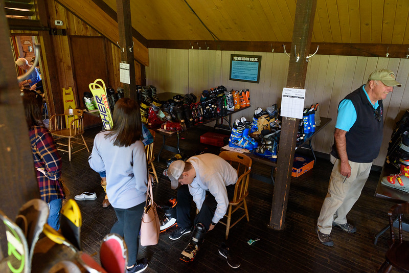 Ski-Swap-2018_Snow-Trails-Mansfield-OH-1218.jpg