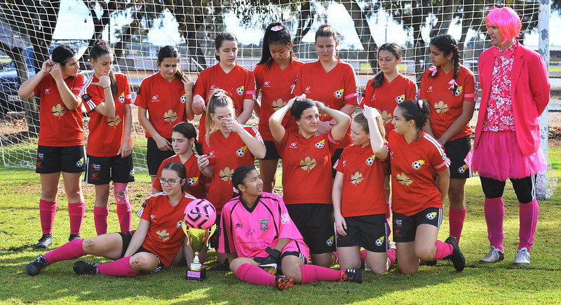 Renmark Olympic Womems Team Photo (with the Cup)