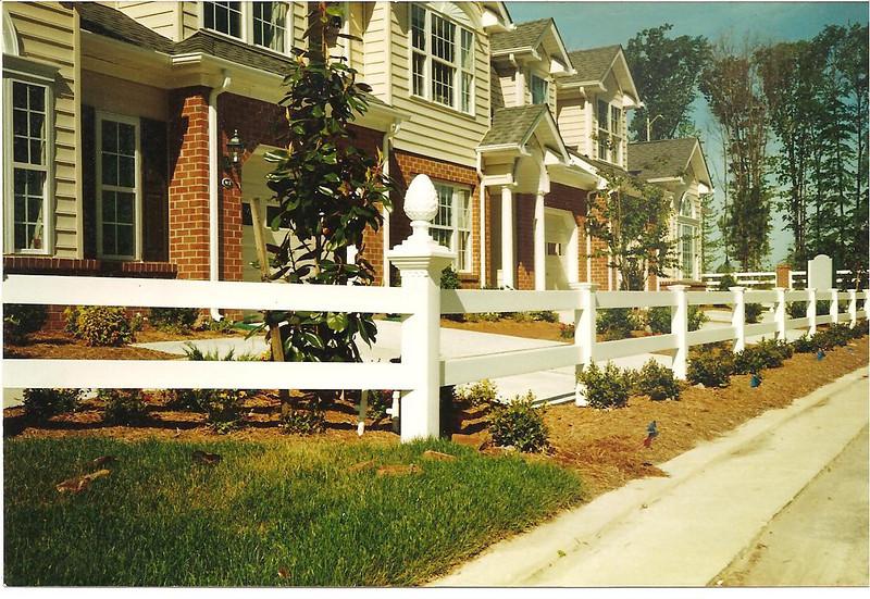 2rail vinyl fence