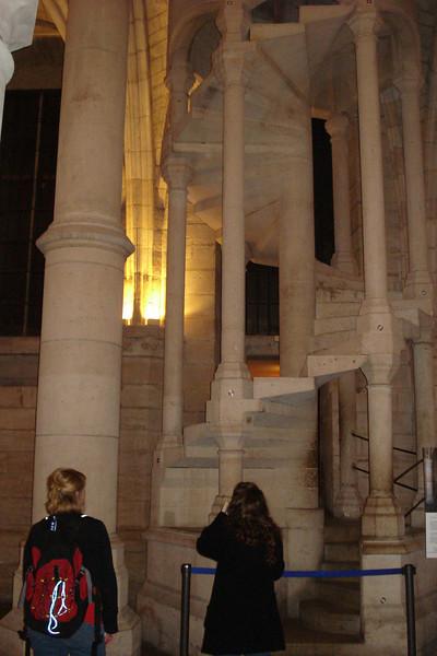 Day 5- Saint Chapelle & Le Conciergerie