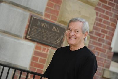 25620 Ed Buckbee speaking at School of Journalism