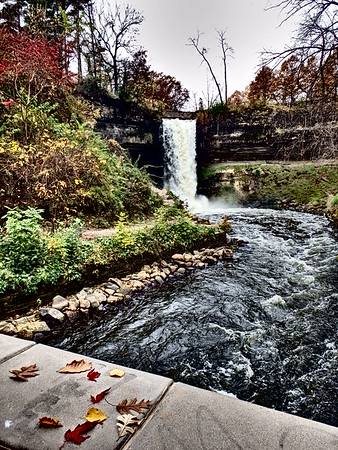 Fall Day at Minnehaha Park!