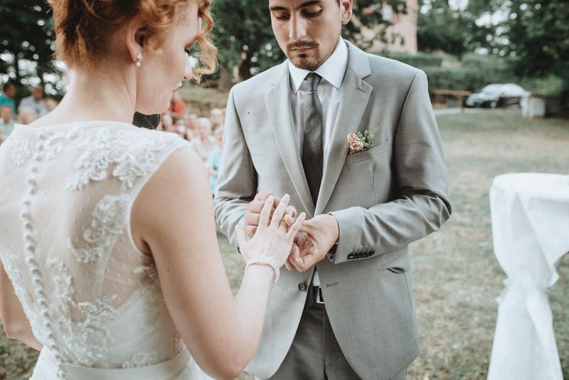 Hochzeitsfotograf-Tu-Nguyen-Destination-Wedding-Photography-Hochzeit-Eulenbis-Christine-Felipe-41.jpg