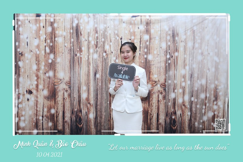 QC-wedding-instant-print-photobooth-Chup-hinh-lay-lien-in-anh-lay-ngay-Tiec-cuoi-WefieBox-Photobooth-Vietnam-cho-thue-photo-booth-116.jpg