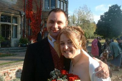 weddings_ian_and_lorraine_the_happy_couple.jpg